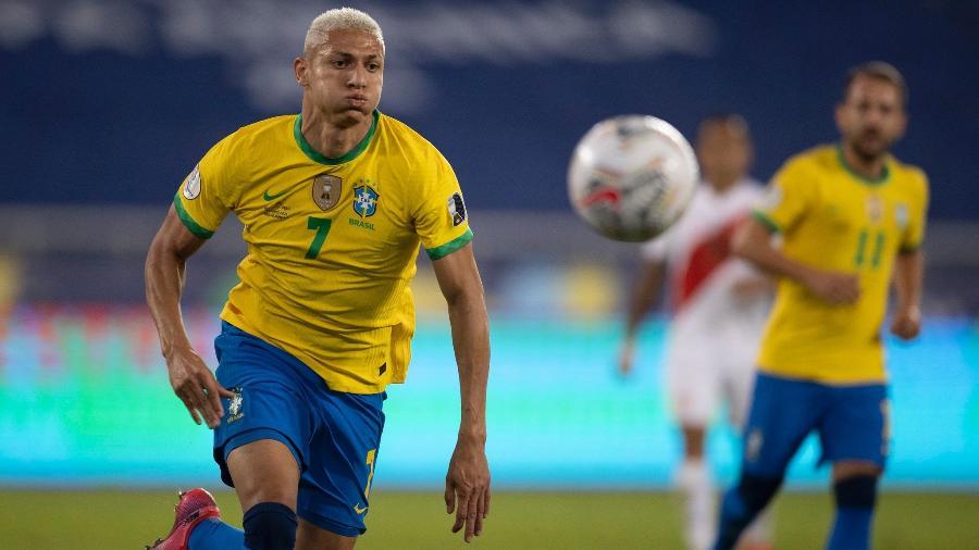 Richarlison durante partida da seleção brasileira contra o Peru pela Copa América - Lucas Figueiredo/CBF