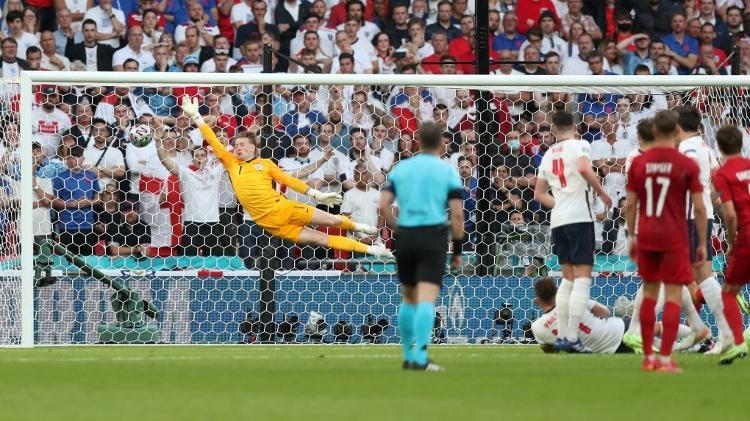 gol dinamarca - UEFA via Getty Images - UEFA via Getty Images