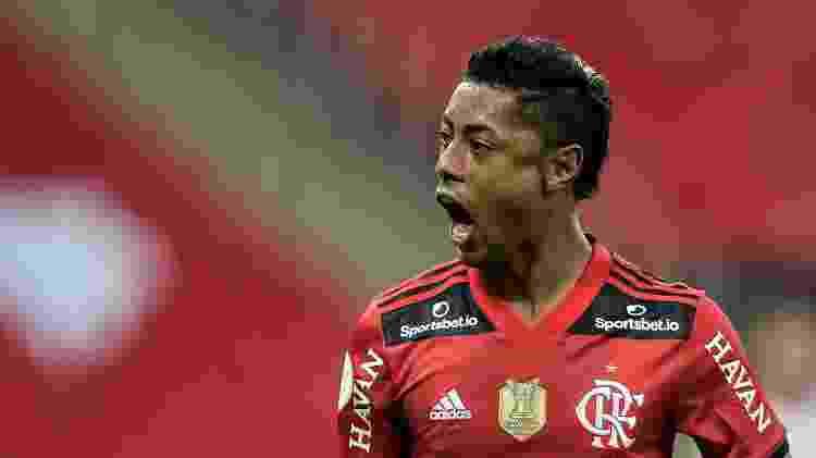 Bruno Henrique comemora gol marcado pelo Flamengo contra o São Paulo no Maracanã - Thiago Ribeiro/AGIF - Thiago Ribeiro/AGIF