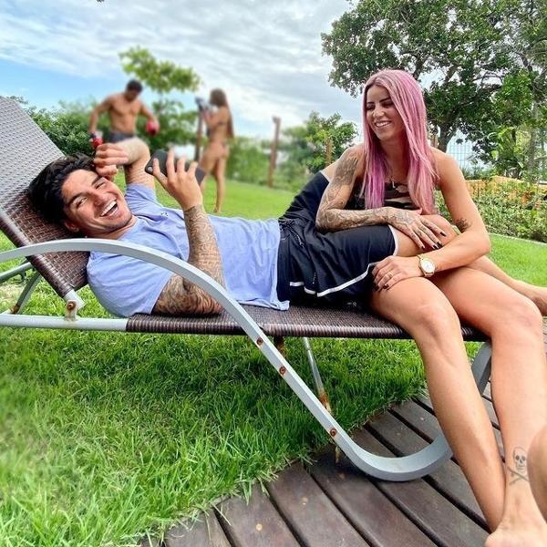 Gabriel Medina e Leticia Bufoni, em foto publicada em 2019 no Instagram da skatista