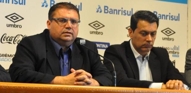 Júnior Chávare (e) deixa o Grêmio alegando questões particulares - Marinho Saldanha/UOL