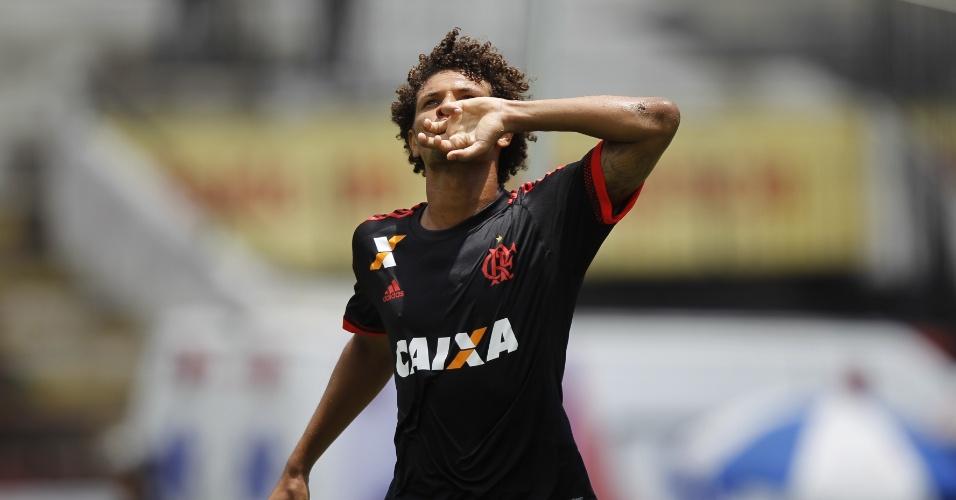 Willian Arão comemora gol do Flamengo contra o Santa Cruz no Arruda