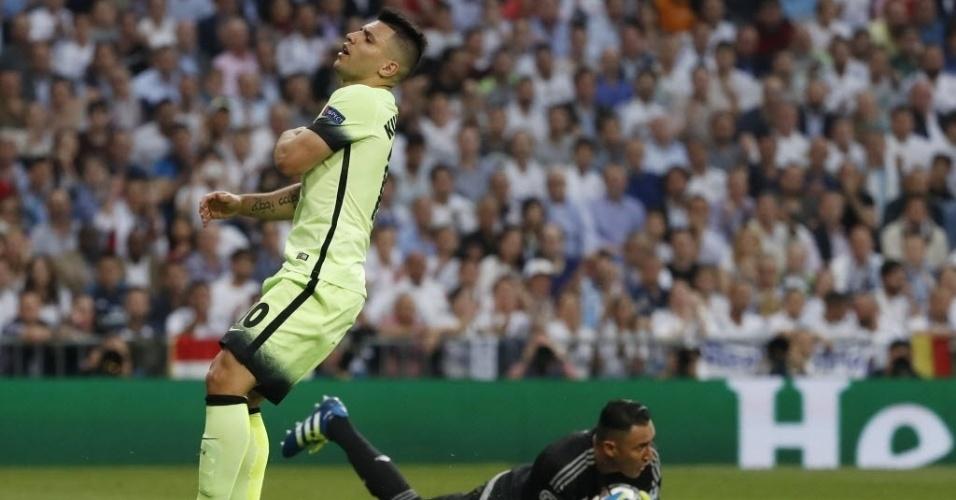 Agüero lamenta chance perdida no jogo Real Madrid x Manchester City