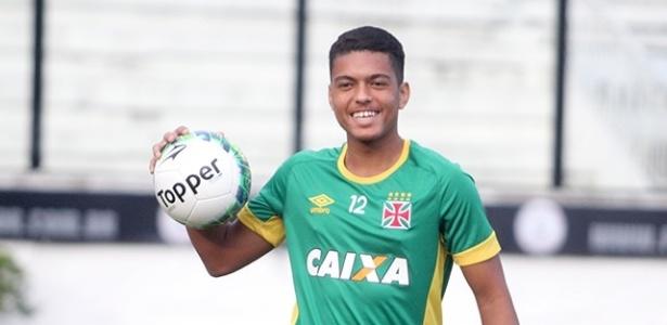Evander, de apenas 18 anos, tem sido titular do Vasco na vaga do ídolo Nenê - Paulo Fernandes / Site oficial do Vasco