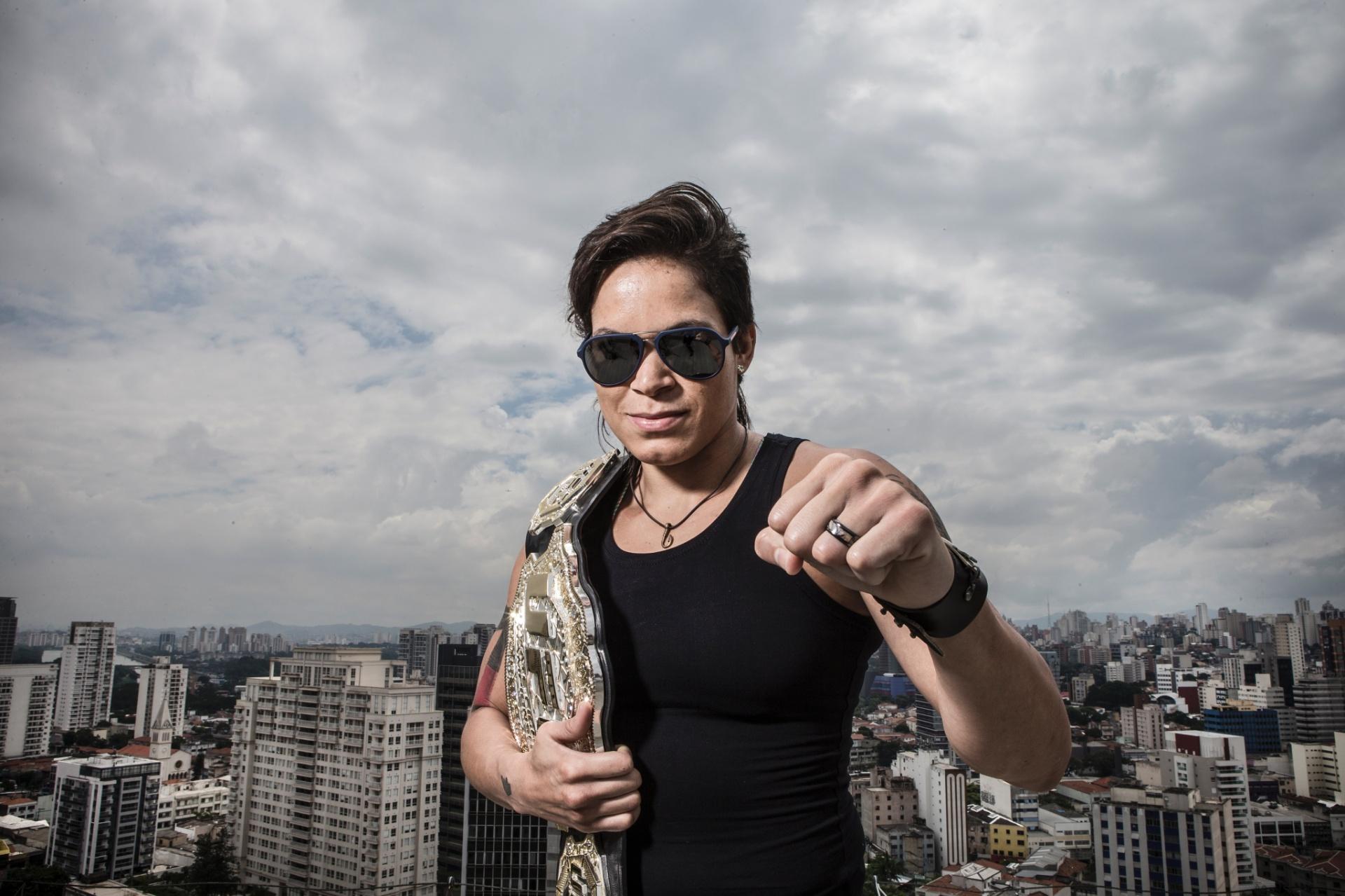 Especial - Amanda Nunes dá entrevista ao UOL Esporte