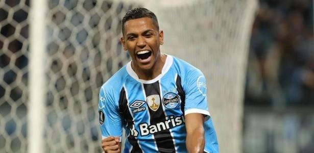 Pedro Rocha trocou o Grêmio pelo Spartak Moscou, da Rússia, no último dia da janela