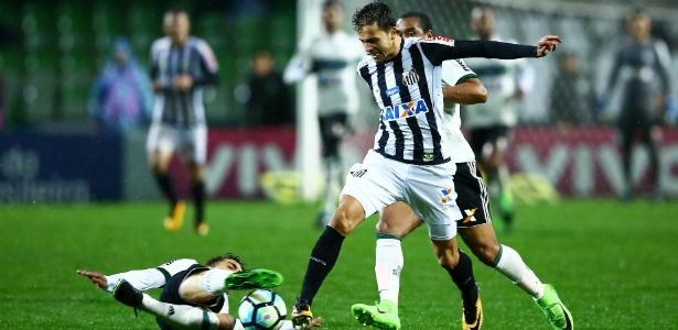 Atacante Nilmar esteve em campo apenas 39 minutos com a camisa do Santos