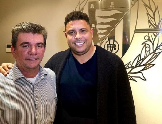 Andrés e Ronaldo posam no escritório do Real Valladolid - Reprodução/Instagram