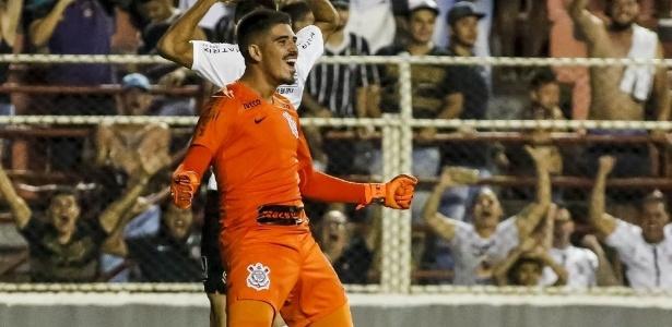 Goleiro alvinegro se redimiu de falhas e foi herói na segunda-feira (14) - Rodrigo Gazzanel/Ag. Corinthians