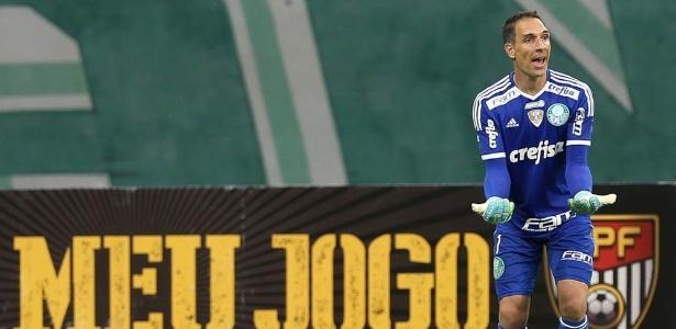 Goleiro Fernando Prass é um dos líderes do elenco do Palmeiras