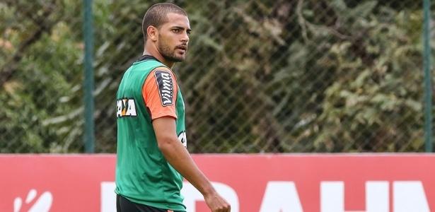 Clayton já está treinando na Cidade do Galo e vai ser apresentado pelo Atlético-MG