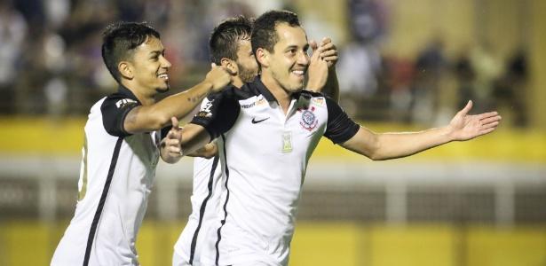Rodriguinho está na briga para ser titular do Corinthians contra a Ponte Preta