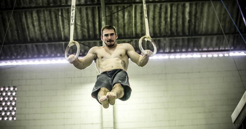 Especial Arthur Zanetti: exercícios nas argolas 11