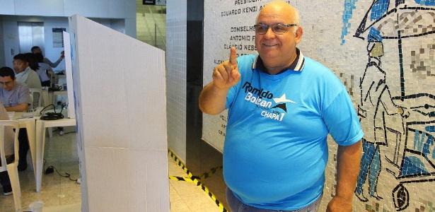 Presidente do Grêmio, Romildo Bolzan Júnior, foi reeleito em eleição do clube