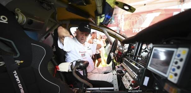 Philippe Croizon já atravessou oceanos a nado; agora vai disputar o Dakar