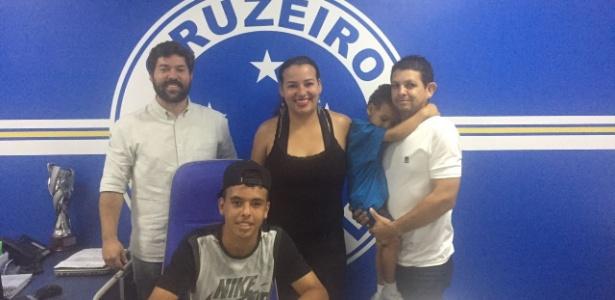 Garoto assinou contrato com o Cruzeiro até maio de 2020
