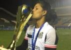 Argentina supera sufoco em sua terra natal e vira heroína do Santos