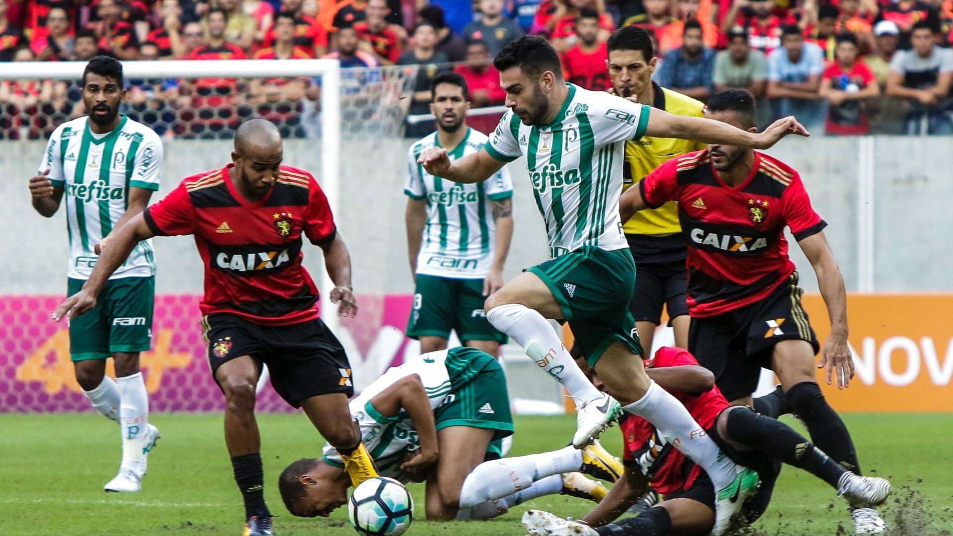 Bruno Henrique foi um dos destaques do Palmeiras contra o Sport