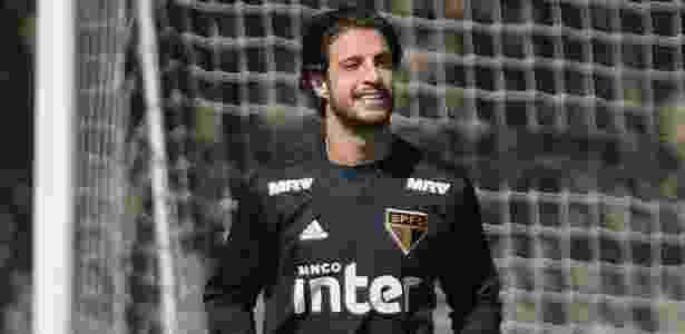 Hudson destacou a postura do técnico André Jardine durante o treino do São Paulo - Marcello Zambrana/AGIF