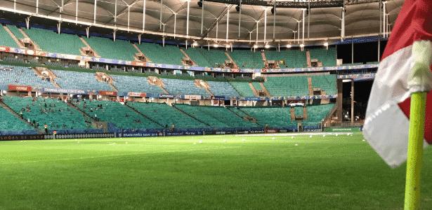 Gramado da Fonte Nova foi trocado e atleticanos se queixaram das condições do jogo - Reprodução/Twitter
