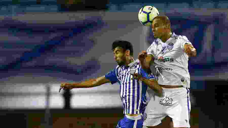 Avaí e CSA empataram sem gols no jogo do primeiro turno, na Ressacada - Cristiano Andujar/Futura Press/Estadão Conteúdo