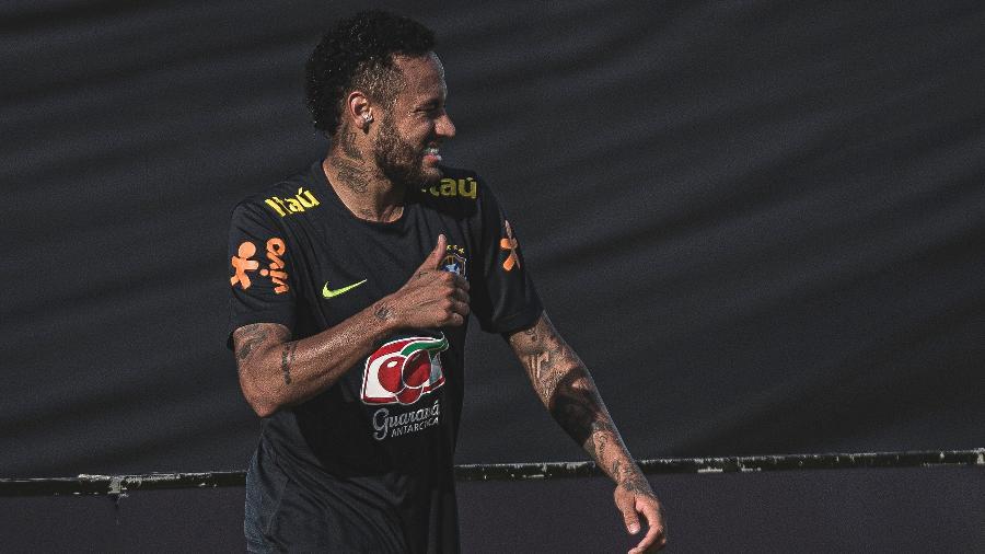 Neymar, em treino da seleção brasileira - Pedro Martins / MoWA Press
