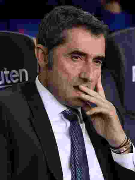 Ernesto Valverde durante partida do Barcelona contra o Sevilla - Josep LAGO / AFP