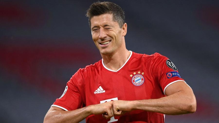 Lewandowski só foi jogar na Alemanha devido à intervenção de um vulcão - Reprodução/Twitter Bayern Munique