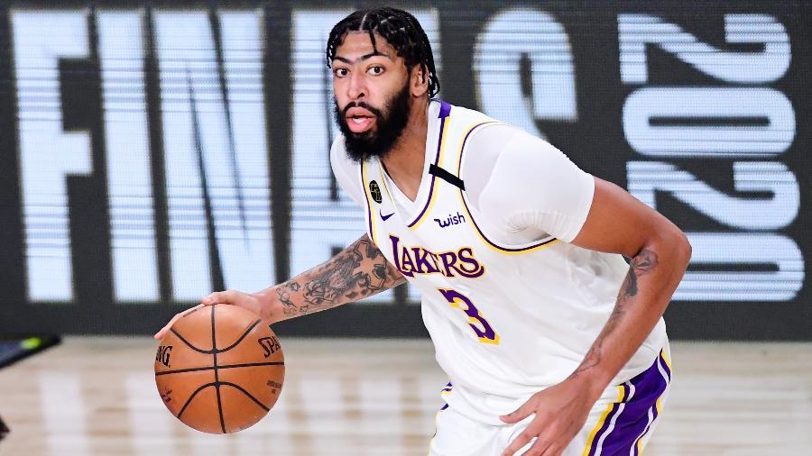 Anthony Davis, durante partida do Los Angeles Lakers - Douglas P. DeFelice/Getty Images/AFP