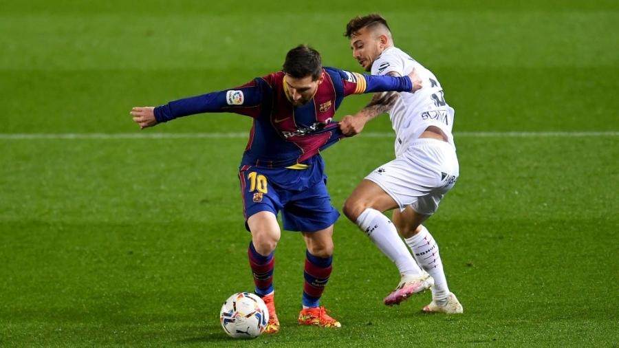 Barcelona e Huesca se enfrentam pelo Campeonato Espanhol - David Ramos/Getty Images