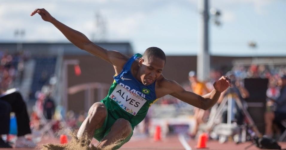 Higor Alves aterrissa de salto em distância nos jogos Pan Americanos de Toronto