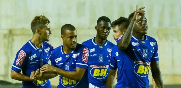 No primeiro amistoso do ano, Cruzeiro mostrou bastante posse de bola e movimentação