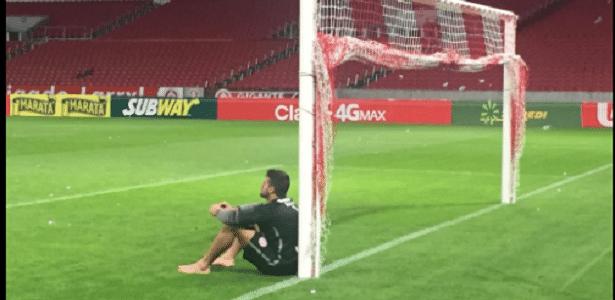 Alisson chora em despedida do Beira-Rio após título do Campeonato Gaúcho