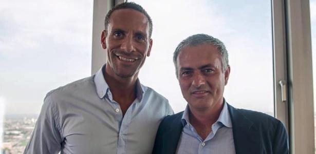Ídolo do United, ex-zagueiro Ferdinand já deu as boas-vindas a Mourinho
