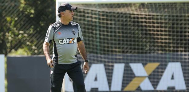 O técnico Marcelo Oliveira durante treino do Atlético-MG