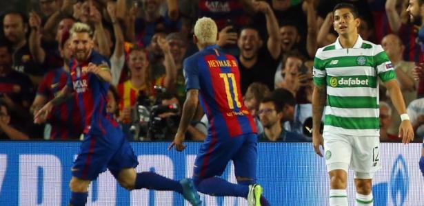 Messi fez três gols, enquanto Neymar fez um e deu quatro assistências