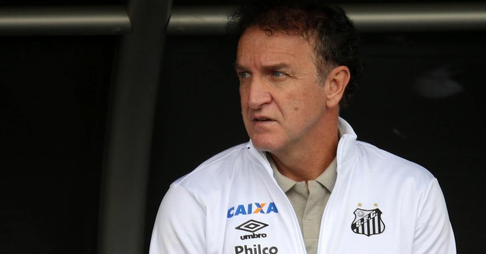 Cuca comanda o Santos em jogo contra o Botafogo no estádio Nilton Santos pelo Campeonato Brasileiro 2018
