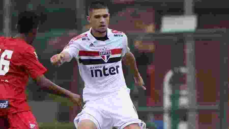 Morato tem apenas 17 anos e contrato com o Tricolor até 30 de outubro de 2022 - Igor Amorim/saopaulofc.net
