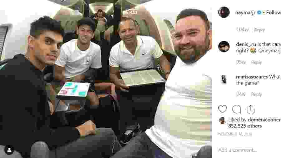 Galo (dir) é funcionário de Neymar e organizou a viagem de Najila Trindade para Paris - Reprodução/Instagram
