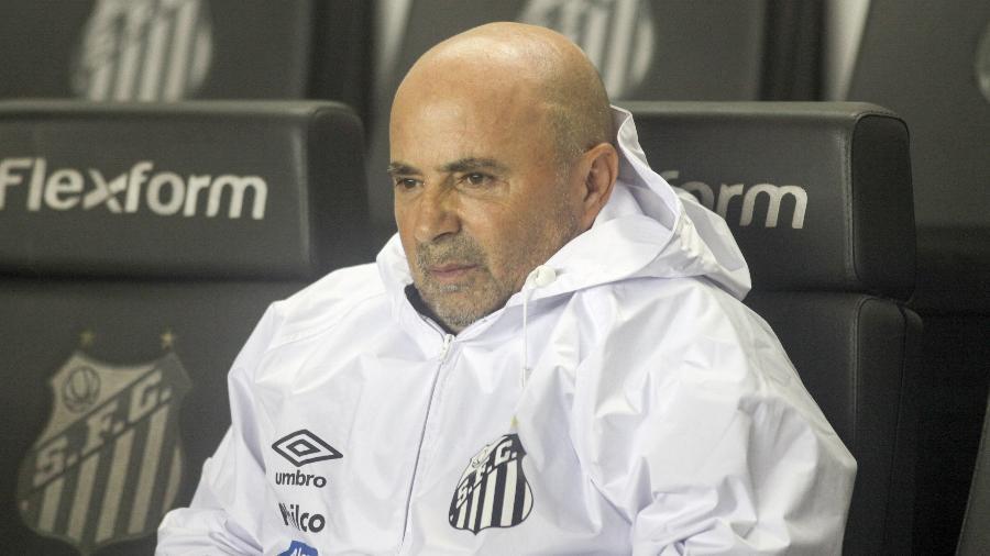 Jorge Sampaoli comanda o Santos contra o Grêmio - Fernanda Luz/AGIF