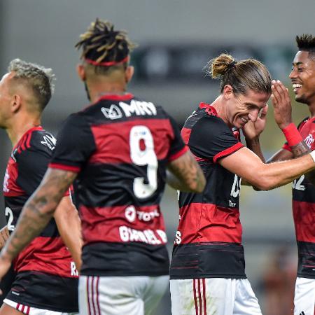 TV Globo exibirá Botafogo para concorrer com transmissão do Flamengo