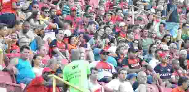 Barradão terá preliminar, pipoca e guaraná neste domingo - Divulgação/Vitória