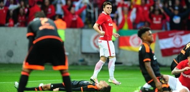Andrigo sobrou da viagem para MG e CE e fecha um mês sem atuar pelo Inter