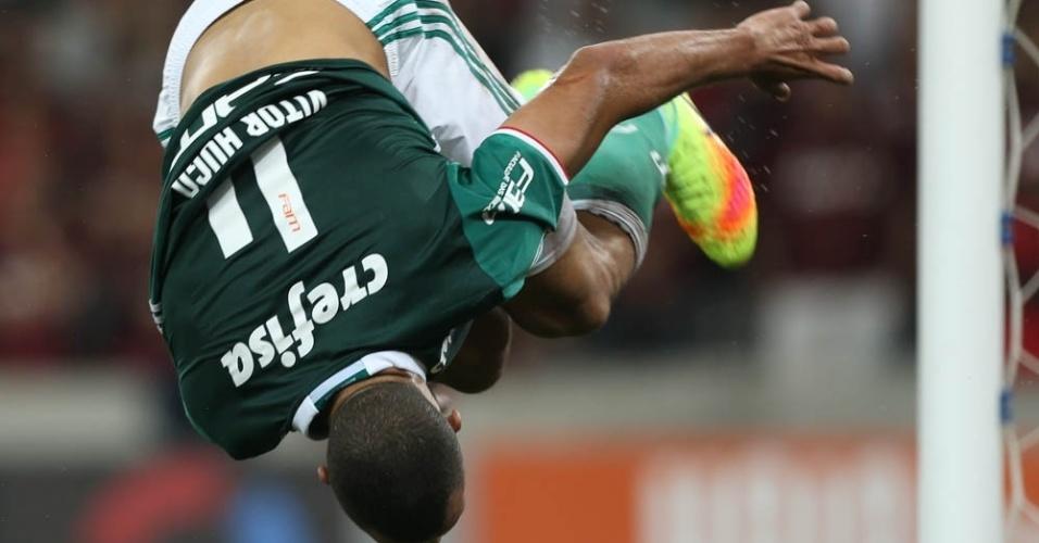Vitor Hugo cambalhota comemoração Palmeiras