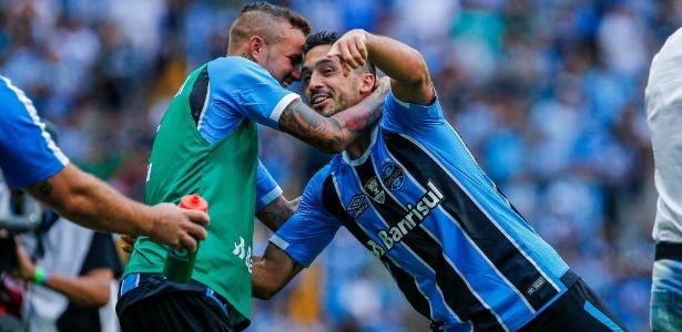 Edílson, do Grêmio, comemora gol contra o Veranópolis pelo Campeonato Gaúcho