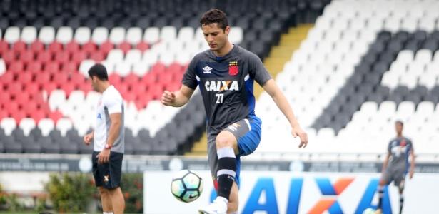 Anderson Martins acertou a saída do Vasco da Gama nesta terça-feira