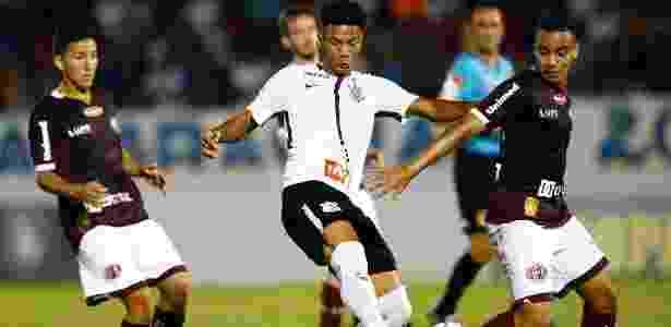 Com gol nos acréscimos, Corinthians empata com a Ferroviária na Copinha e2fd8d56c3