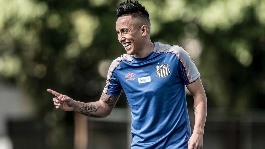 Cueva treina no Santos - Ivan Storti/Santos FC