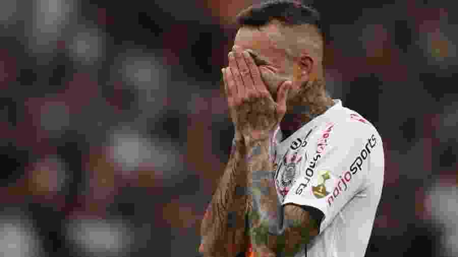 Luan lamenta chance perdida contra o Guaraní (PAR) pela Libertadores - REUTERS/Amanda Perobelli