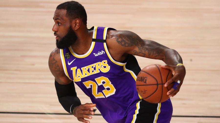 LeBron James durante vitória do Los Angeles Lakers sobre Denver Nuggets - Kim Klement-USA TODAY Sports